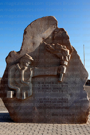 Monument to Unknown Soldier on El Morro headland , Arica , Region XV , Chile