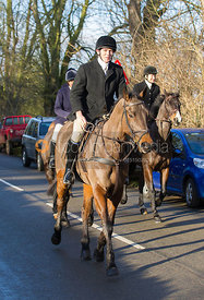Rory Bevin arriving at the meet at the Carington Arms, Ashby Folville