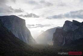 Sunrise at Tunnel view, Yosemite, USA
