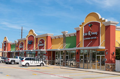 Light House Plaza Shopping Center in Houston