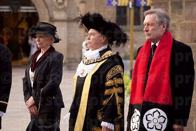 The Lord Mayor of Leicester,  Ian Gillies and Mayor of Leicester, Sir Peter Soulsby
