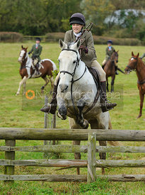 Isobel McEuen jumping a hunt jump - The Cottesmore Hunt at Somerby, 2-11-13