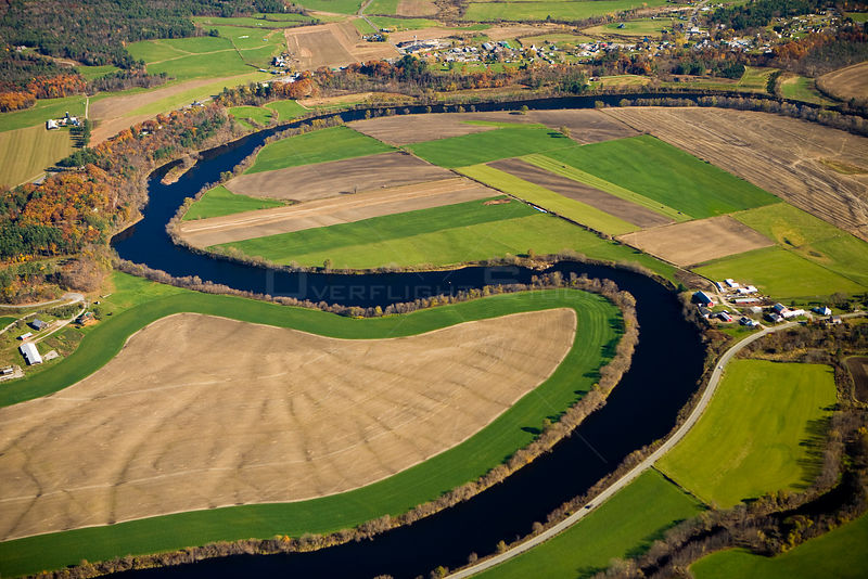Aerial view of a meander in the Connecticut River as it flows through farmland between Newbury, Vermont and Haverhill, New Hampshire, USA, October 2007
