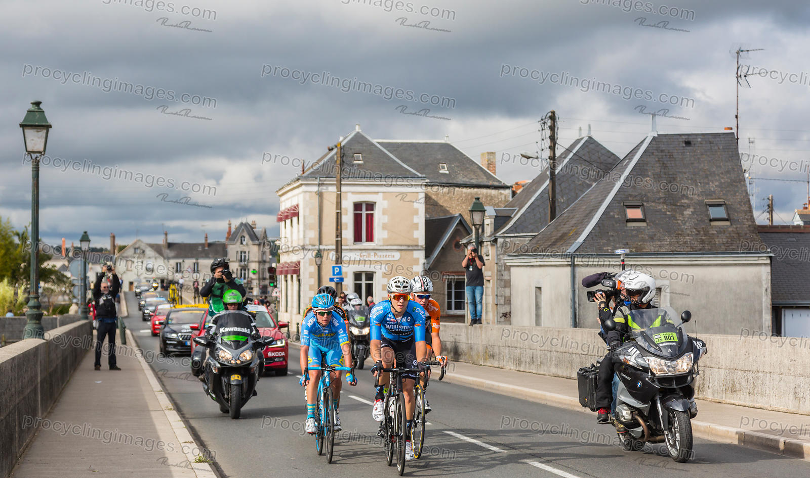 The Breakaway in Amboise - Paris-Tours 2017