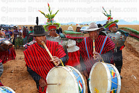 Waka tintis musician playing a waka pinquillo and drum / wank'ara, Umala, Bolivia