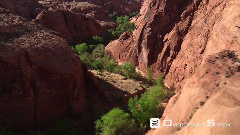 Low flight through Chaol Canyon in Arizona
