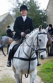 The Cottesmore at Tumblerow Farm 22/11/12