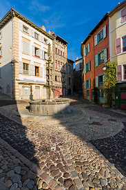 Fontaine de la Rue des Tables, Le Puy en Velay