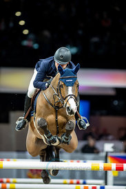 Zurich, Switzerland, 26.1.2018, Sport, Reitsport, Mercedes-Benz CSI Zurich - Longines Grand Prix. Bild zeigt Julio ARIAS (ESP) riding JIMCY DU LYS...26/01/18, Zurich, Switzerland, Sport, Equestrian sport Mercedes-Benz CSI Zurich - Longines Grand Prix. Image shows Julio ARIAS (ESP) riding JIMCY DU LYS.