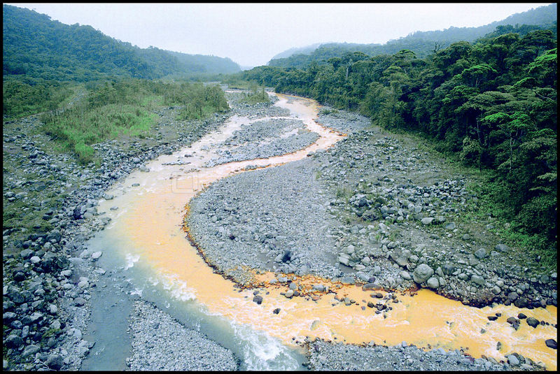 COSTA RICA Rio Sucio -- It's waters tainted by volcanic soils, the River Sucio (Dirty River) during the El Nino drought in 1998 -- 04/1998  Picture © Jon Mitchell / Lightroom Photos