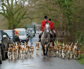 John Holliday leaves the meet with the hounds - The Belvoir at Burton Pedwardine
