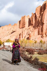 Old woman near a village, Upper Mustang, Nepal