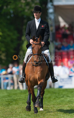 William Fox-Pitt retires Tamarillo photos