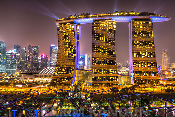 Singapore Marina Bay sand by Night