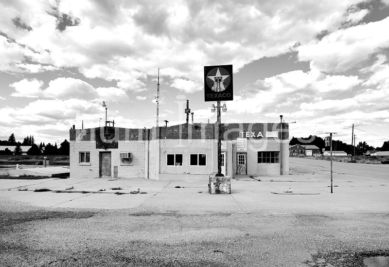 Old Texaco Gas Station in Potter, NE