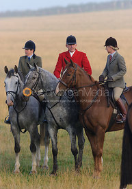 The Cottesmore Hunt at Stone Lodge, 28-Sept-13.