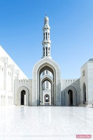 Oman, Muscat. Sultan Qaboos Grand Mosque, entrance