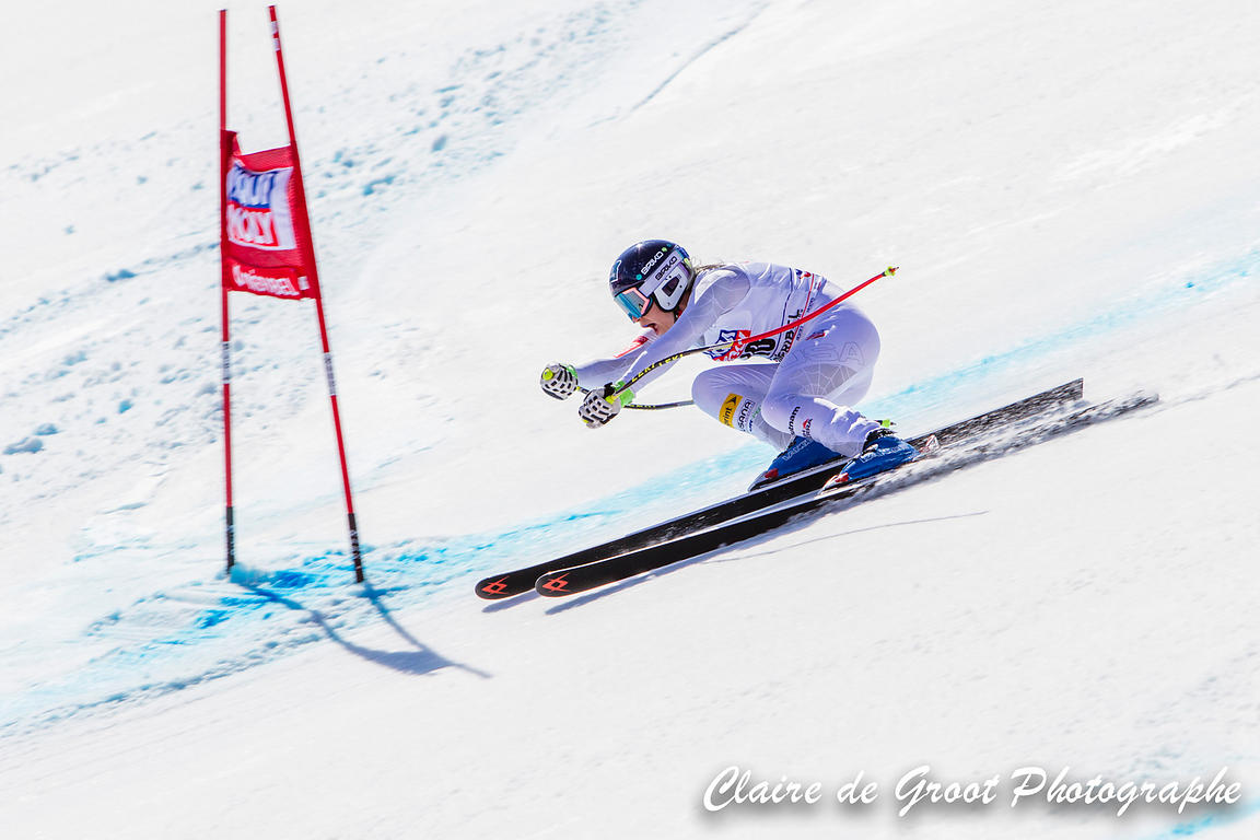 USA's Laurenne Ross giving it all she's got in the Super G final.