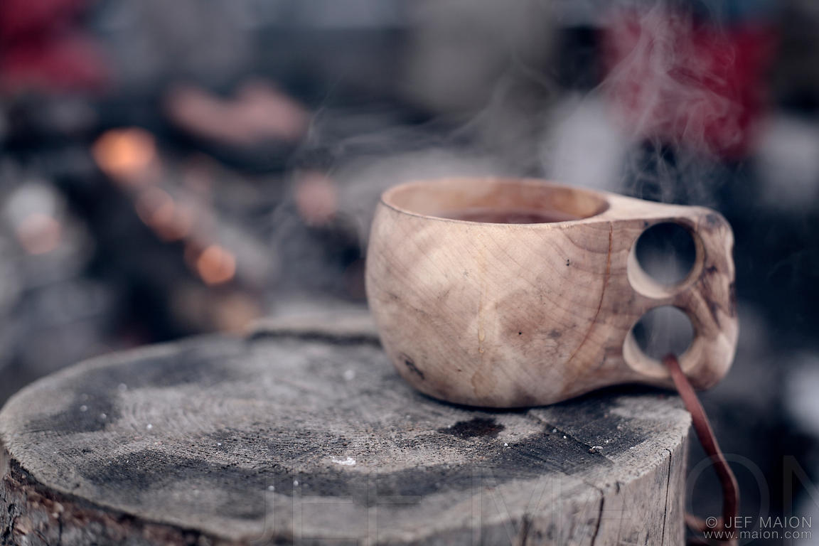 Tasse traditionnelle en bois
