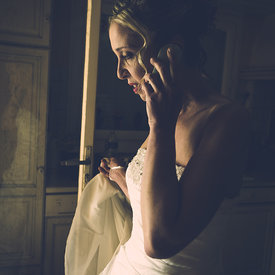 bride phone window picture