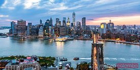 Panoramic of Manhattan skyline and Brooklyn bridge, NY