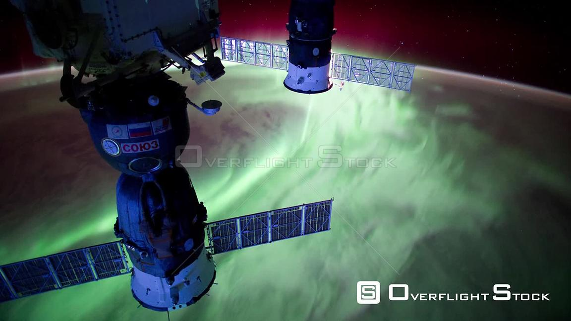 TimeLapse ISS Aurora Australis Soyuz 25 Apr 2012 from Space