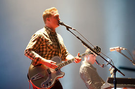 QUEENS OF THE STONE AGE.ZENITH 2013.JULIEN LEPEUT