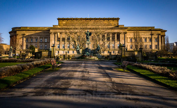 St John's Gardens, Liverpool (St George's Hall in the background)