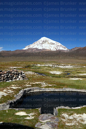 One of the thermal pools at Manasaya hot springs and Sajama volcano, Sajama National Park, Bolivia