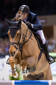 Bordeaux, France, 3.2.2018, Sport, Reitsport, Jumping International de Bordeaux - LONGINES FEI WORLD CUP™ JUMPING. Bild zeigt Maikel VAN DER VLEUTEN (NED) riding Wunschkind 19 (5*)...3/02/18, Bordeaux, France, Sport, Equestrian sport Jumping International de Bordeaux - LONGINES FEI WORLD CUP™ JUMPING. Image shows Maikel VAN DER VLEUTEN (NED) riding Wunschkind 19 (5*).