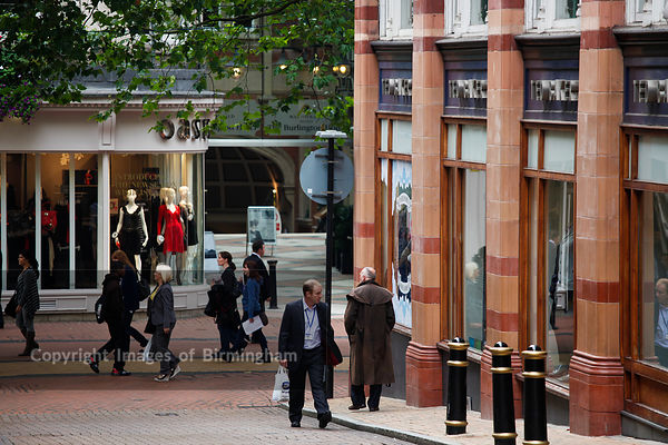 New Street shoppers, Birmingham, West Midlands, England, UK