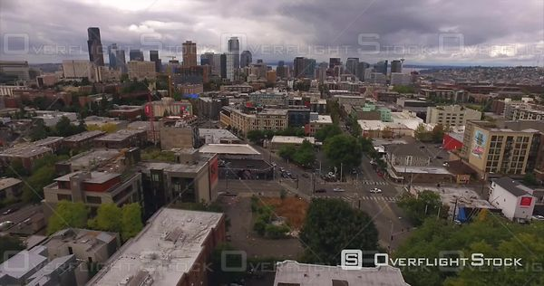 Seattle Pike and Madison with views of Downtowna and Queen Anne
