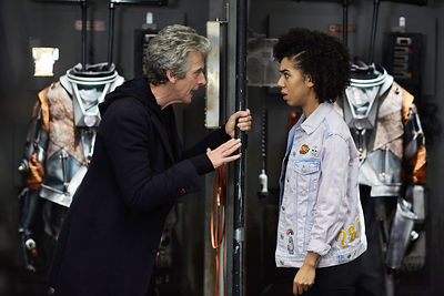 Doctor Who S10 Ep5 Oxygen