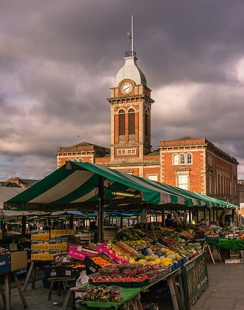 Sunny morning at Chesterfield market