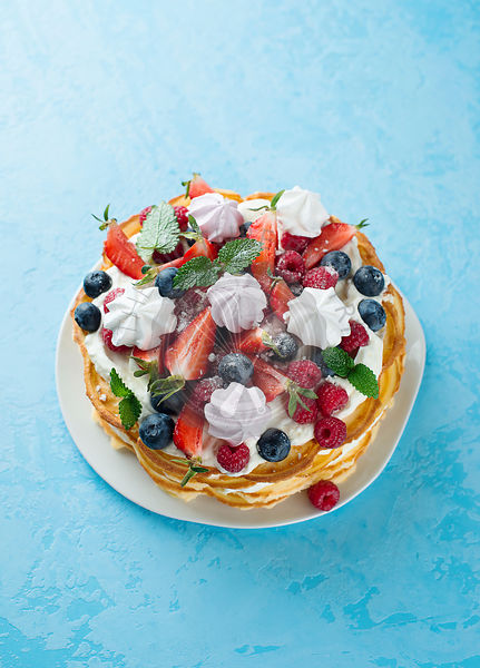Waffle cake with berries