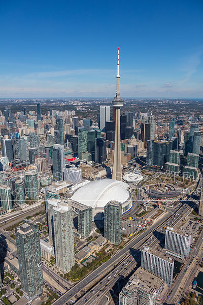 Toronto's CN Tower and Entertainment District