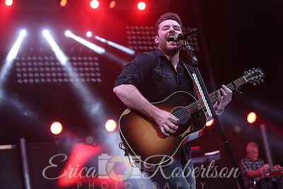 Chris Young Concert photos