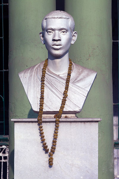 India - Chandannagar - A statue commemorating Kanailal Dutta, an Indian revolutionary born in Chandannagar.