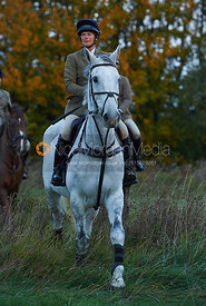 Tiny Clapham - The Cottesmore Hunt at America Crossroads 17/10