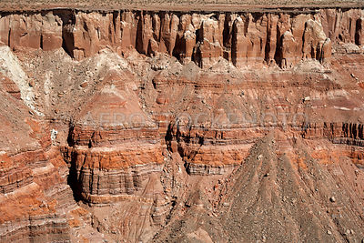 Stratigraphic layering in sedimentary rocks at the edge of the Moenkopi Plateau 18km east of Cameron,  Painted Desert, Navajo Nation,  Arizona, USA.