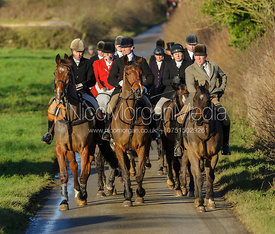 The mounted field arrive at the meet