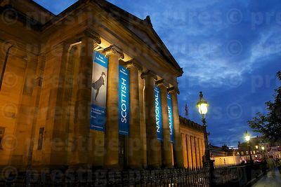 The Scottish National Gallery in Edinburgh at Night