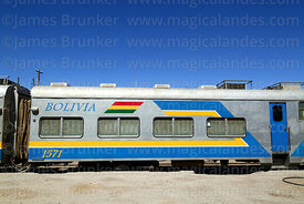 Carriage of the FCA Expreso del Sur passenger service in Uyuni station, Bolivia