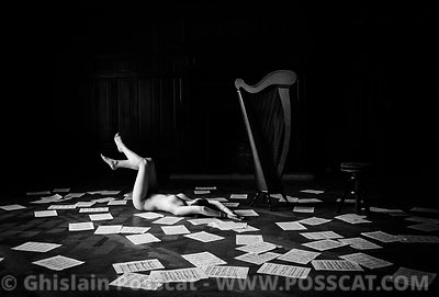 Nude musician - nude harpist  Ghislain Posscat - nude fine art and erotic photographer