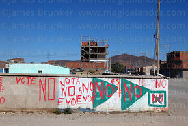 Propaganda for No vote against Evo Morales for 2016 constitutional referendum, Uyuni, Bolivia