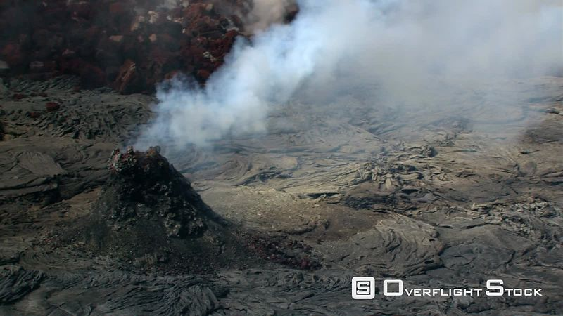 Flying past Puu Oo volcanic vent on Hawaii's Kilauea