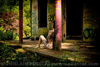 inked nude girl, tatoos urbex nature