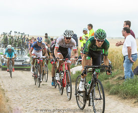 Inside the Peloton on a Cobblestone Road - Tour de France 2015