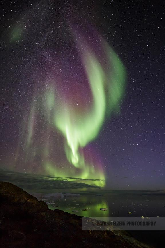 Northern Lights above the icebergs of the UNESCO Ilulissat Icefjord