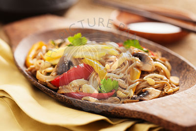 Asian yakisoba noodle with fried vegetables